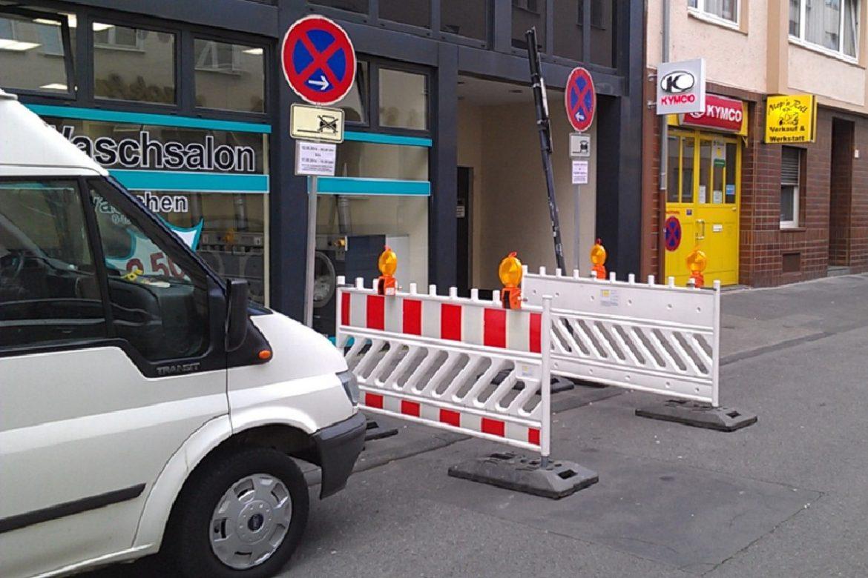 Verkehr Schilder Halteverbot VZ 283 (2)