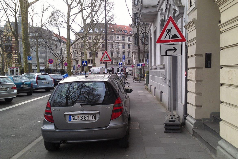 Verkehrsbeschilderung (4)